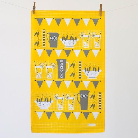 lemonade-stand-tea-towel