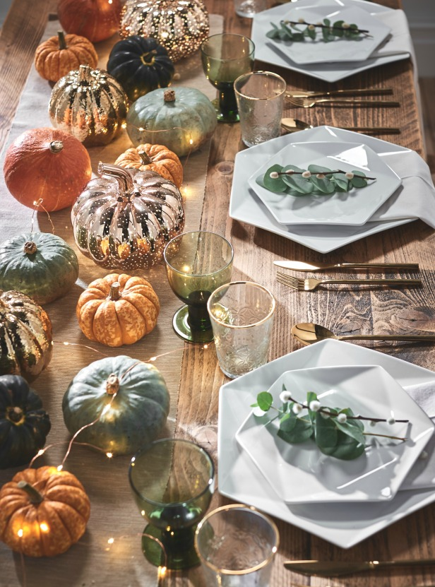 Autumnal Pumpkin Tablescape
